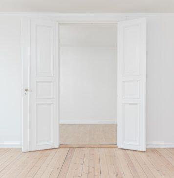 Jak wybrać drzwi wewnętrzne do mieszkania?